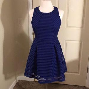 Lovely little blue dress!!